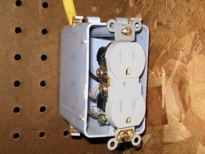 How To Wire A 120v Flat Electrical Cable Homesteady Electrical Outlets Installing Electrical Outlet Diy Electrical