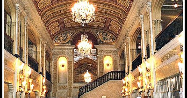 lobby area of the embassy theatre fort wayne in fort