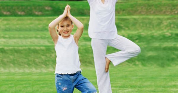 Families focused on health...TOGETHER! Yoga poses to do with the kids. 13