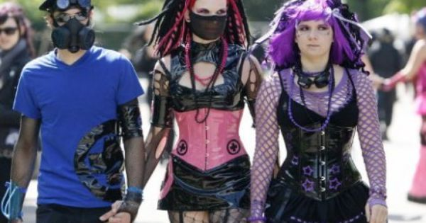 Wave Gotik Treffen Wgt Lost In Leipzig Futuristic Fashion Cybergoth Metal Girl