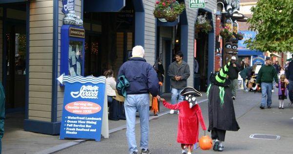 Seattle and Halloween on Pinterest
