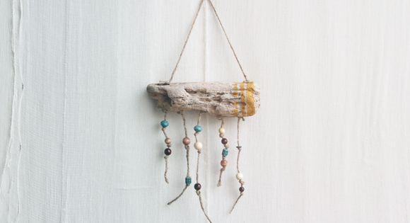 DIY Hanging Driftwood Workout Tracker: Motivate & Decorate! Source: Home Decor –