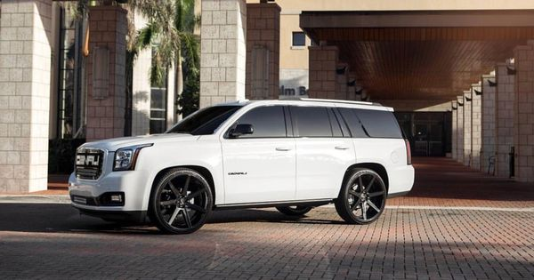White Yukon Denali Xl Black 26 Custom Wheels Gmc Yukon Denali