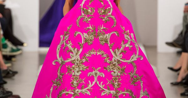 Hot pink Oscar De La Renta, Fall 2013. Can I just say