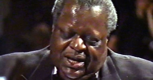 2012 02 15 1470 as well 484277766156932070 furthermore R4daaf Oscar Peterson A Night In Vienna additionally 3 as well Artist. on oscar peterson cakewalk