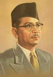 Tunku Abdul Rahman Putra Al-Haj | Tunku abdul rahman, Malaysia, Mens sunglasses