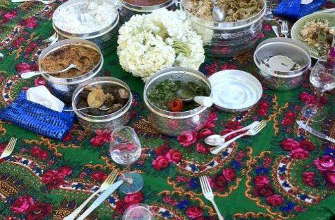 ایده سفره آرایی میز افطار در فضای باز Ramadan Decorations Ramadan Gifts Moroccan Party