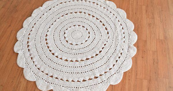 Handmade Crochet Doily Round Rug For Weddings And Home In 2020 Crochet Doilies Doily Rug Crochet Round