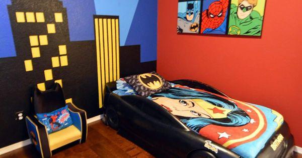 Unique Batman Vs Superman Bedroom Ideas That Rock: Boy's Batman Superhero Themed Room With Bat Signal Over