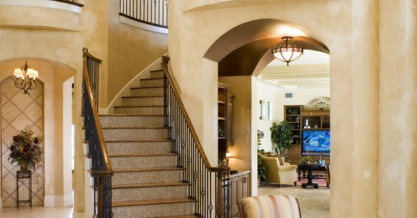 House Foyer Features : View from the foyer of staircase and upstairs balcony