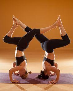 Partner Yoga Google Zoeken Partner Yoga Poses Couples Yoga Couples Yoga Poses