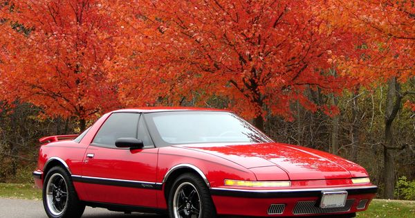 1988 1991 Buick Reatta A Modified Example In A Nice Fall Setting Buick Buick Models Retro Cars