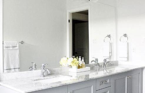 Bianco Carrara Floor Tiles Vanity In Benjamin Moore