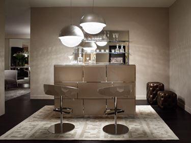 Angolo Bar Da Salotto Prezzi.Fendi Casa Interpreta L Eccellenza Made In Italy Con Immagini