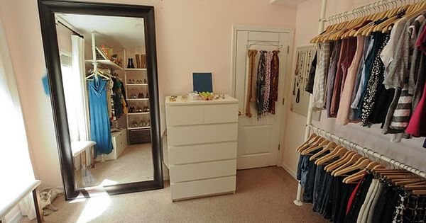 What i 39 ll do when i have an extra small bedroom den no for Small room no closet