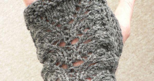 mitaines grises tuto des gants des mitaines ou des moufles pinterest crochet tricot and. Black Bedroom Furniture Sets. Home Design Ideas