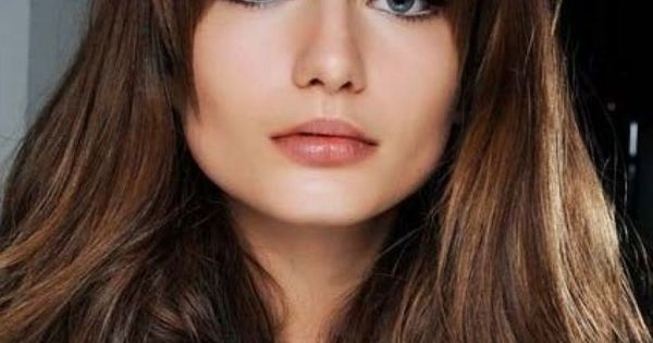 Medium Hairstyles For Round Faces With A Wide Jaw