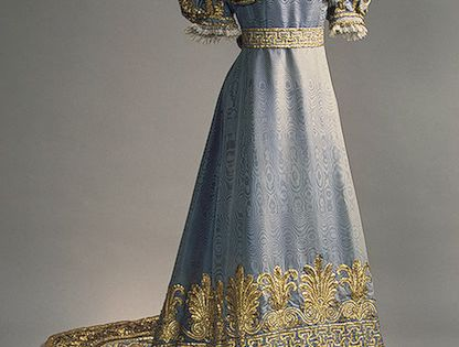 1820s court dress of Empress Maria Fyodorovna. The Hermitage Museum
