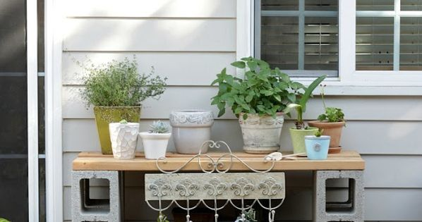 The Dirt Diy Easy And Practical Potting Table Potting