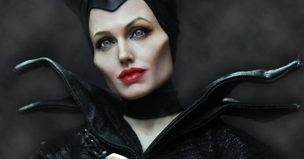 repainted maleficent and prince - photo #31