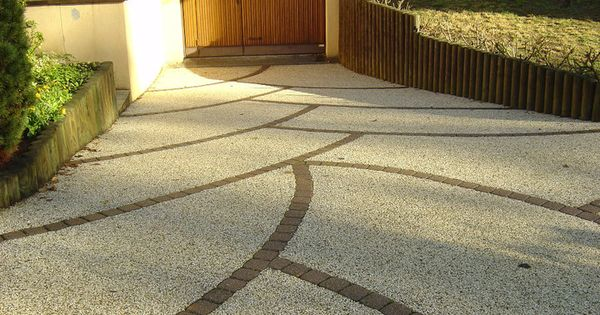 Entr e de garage en articimo d sactiv le b ton est un for Le beton cire est il etanche