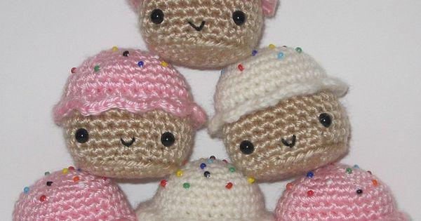 Cupcakes! by Ana Paula Rimoli Needle Arts Pinterest ...