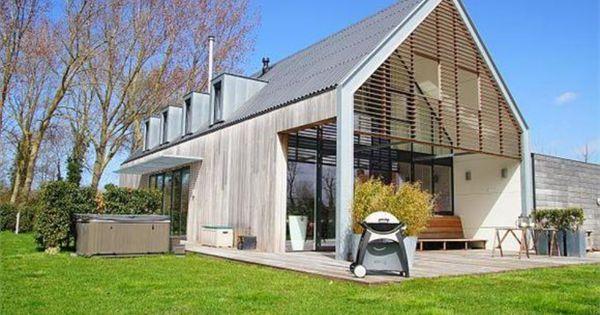Wederom mooie overstek veranda op kopse kant mooi met houten shutters leuke dakkapellen - Huis buitenkant ...