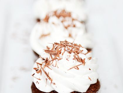 Chocolate hazelnut, Flourless chocolate and Cupcake on Pinterest