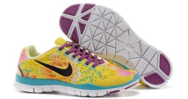 The holidays are an active time. Hop to it in nikes womens