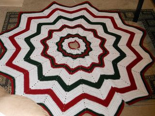 Christmas Tree Skirt Christmas Tree Skirts Patterns Crochet Christmas Trees Tree Skirt Pattern