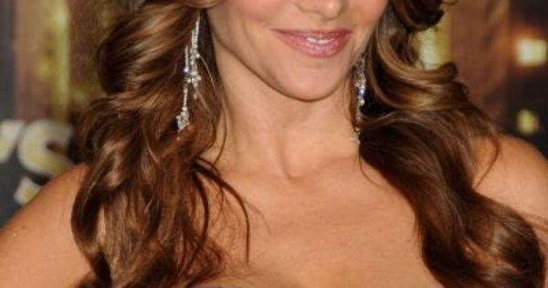 Sofia vergara en la premiere de new year s eve en l a - Peinados de famosos ...