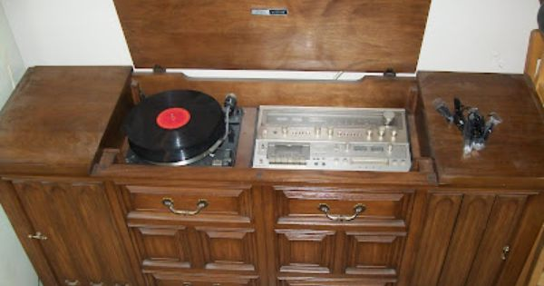 My Mom My Granny Both Still Have Theirs In Their Houses Wonder If I Could Gut It And Turn It Into A My Childhood Memories Stereo Console The Good Old Days