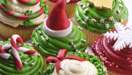 Christmas cupcakes - :) Dessert making date night? christmas holidays cupcakes