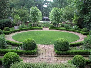 This Design Will Make This Garden Room Look Really Wide I Like The Brick Path Around The Lawn Garden Landscape Design Landscape Design Formal Garden Design
