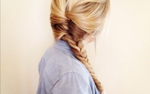 The braided hairstyles are not only fashionable, but look exceptionally classy. No