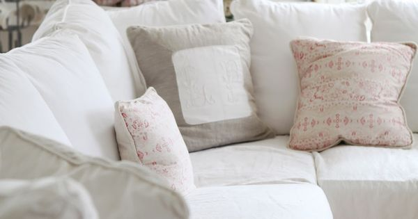 neutral pillow colors for white couch