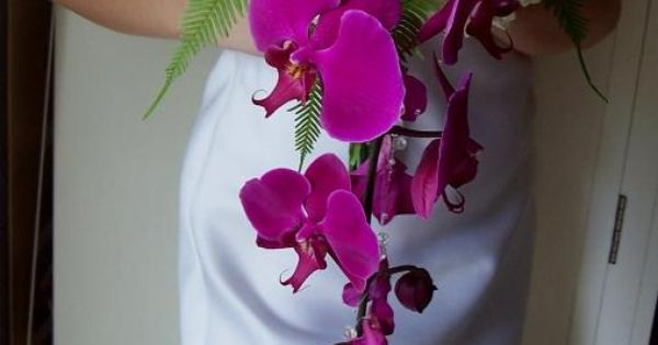 If you are looking for an elegant orchid bouquet look no further! http://www.CreativeAmbianceEvents.com