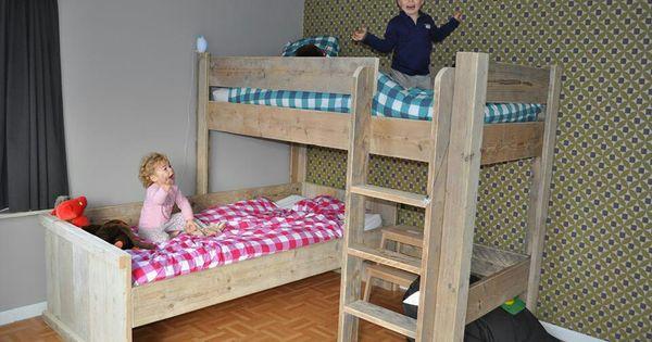 Tweeling kamer als de meiden niet apart willen slapen interieur kinderkamers pinterest - Kinderkamer arrangement ...