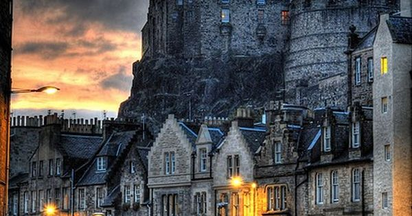 Edinburgh Castle, Edinburgh, Scotland: an amazing place I will have to go