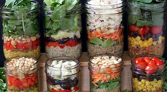 More Make-n-Take Mason Jar Salad ideas.