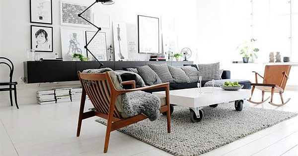 Black and white living room w mid mod chairs!