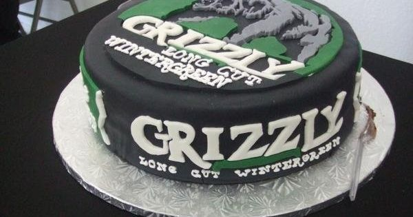 Grizzly Wintergreen Dip Can Cake Beer Wine Cigars