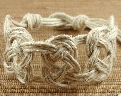 Diy bracelet Josephine knot tutorial