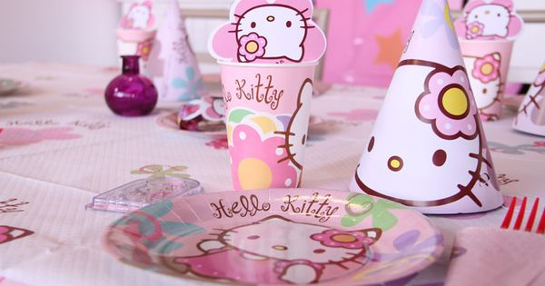 Table hello kitty d coration festive vegaoo party for Decoration table nouvel an