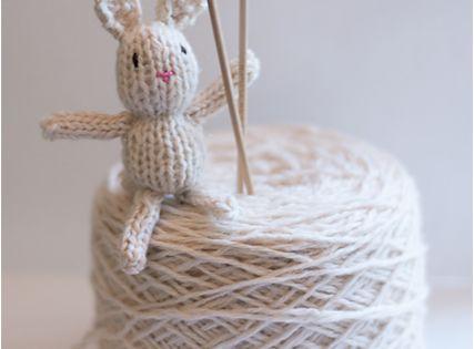 Teeny tiny knitted bunny pattern