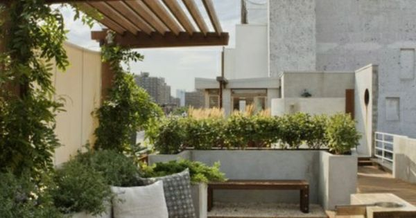 berdachte terrasse modern holz glas pergola markise bodenbelag garten pinterest g rten. Black Bedroom Furniture Sets. Home Design Ideas
