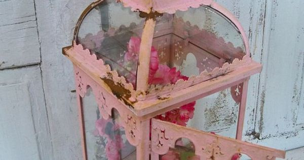 pink shabby chic display case glass and metal vitrine. Black Bedroom Furniture Sets. Home Design Ideas