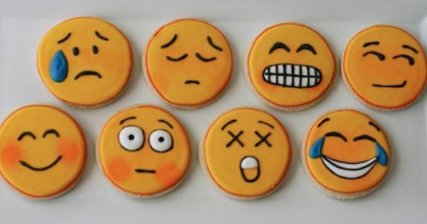 Pin De Evangeline Santos En Living Emojis Confiteria Galletas