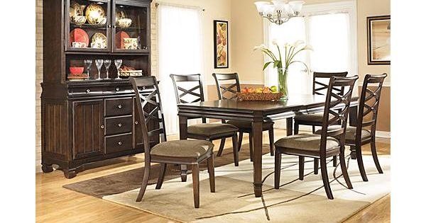 The Hayley Dining Room Extension Table from Ashley  : 45473233c9e92eb9746be3c10d2339c5 from www.pinterest.com size 600 x 315 jpeg 43kB