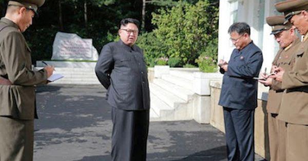 Nadie Puede Dejar De Comentar Los Pantalones De Kim Jong Un El Horror Que Causa El Regimen Del Dictador Norcoreano Deja A Veces North Korea Korea Korea Travel